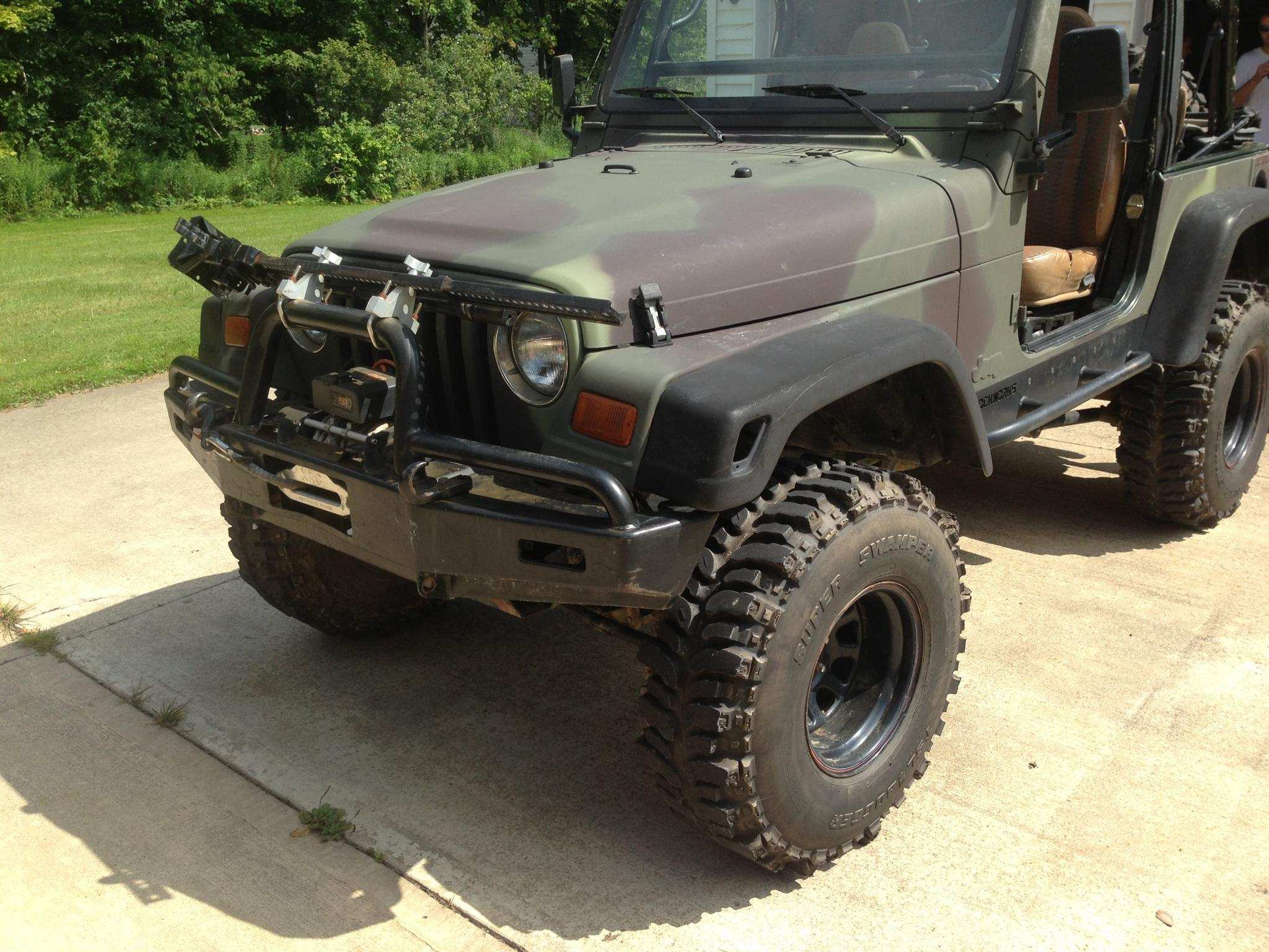 Jacked Up 1997 Camo Jeep 5 Speed Low Miles 10 000