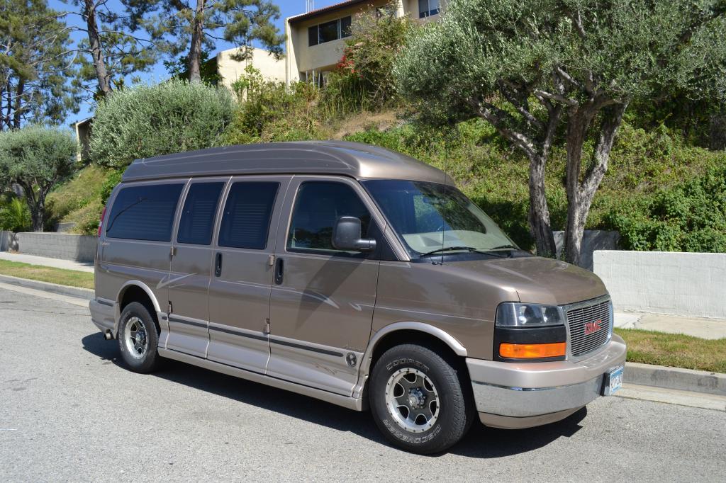 2004 gmc savana conversion explorer van for sale by owner 17 900 united car exchange. Black Bedroom Furniture Sets. Home Design Ideas