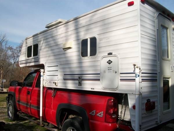 2005 Sunlite Slide On Truck Camper – $18,000 – United Car Exchange